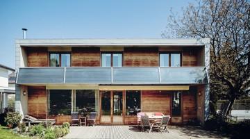 Energieinstitut Vorarlberg, Sujet, thermische Solaranlage, Familie, Bregenz