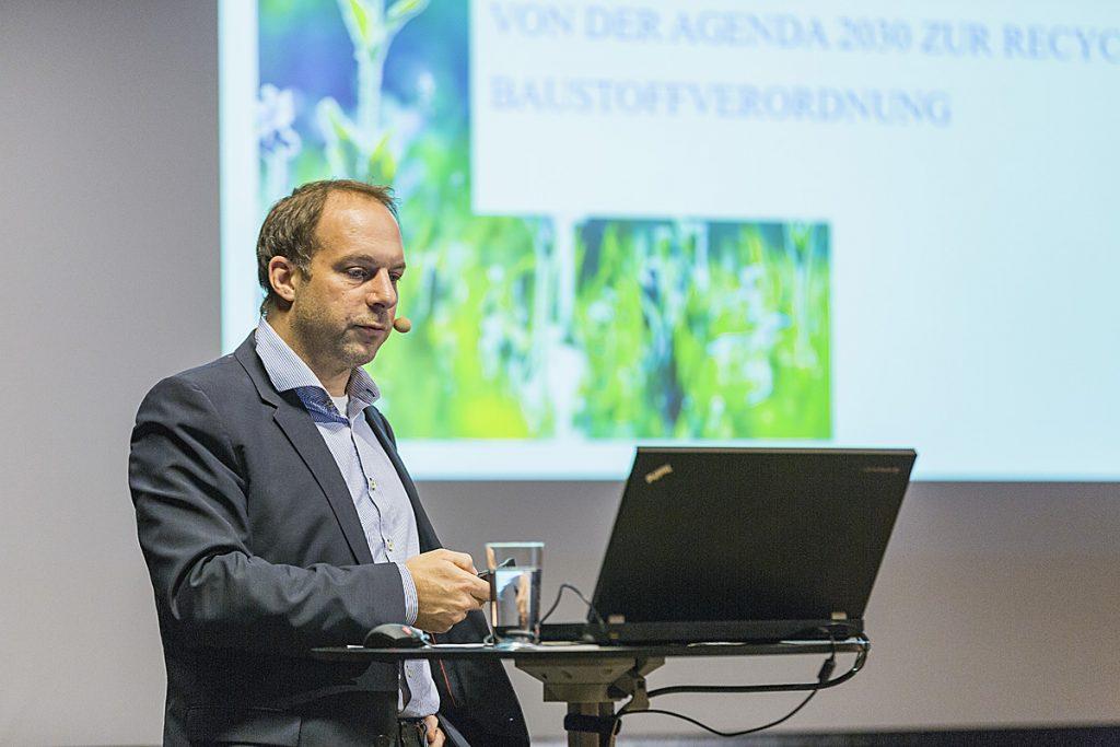 Harald Professner vom Lebensministerium auf der Energie Lounge 2016. Bildnachweis Darko Todorovic