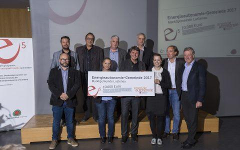 """Energieautonomie-Gemeinde 2017: Die Marktgemeinde Lustenau überzeugte die Jury mit dem Projekt """"tuosch mit"""". Nach einer Ideenwerkstatt mit Bevölkerung ist u.a. bereits die Umsetzung einer interaktiven Online-Plattform in Gange."""