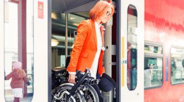 Bild Faltrad und Bus_jpeg - Kopie