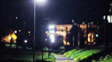 Hard setzt auf intelligente Straßenbeleuchtung, die mittels Bewegungsmeldern gesteuert wird. Foto Markus Gmeiner