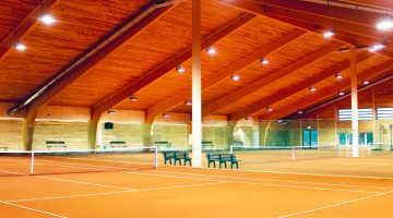 Tennishalle Bad Schussenried - Low-Tech Gebäude - Bildnachweis: Franz Walser Holzbau