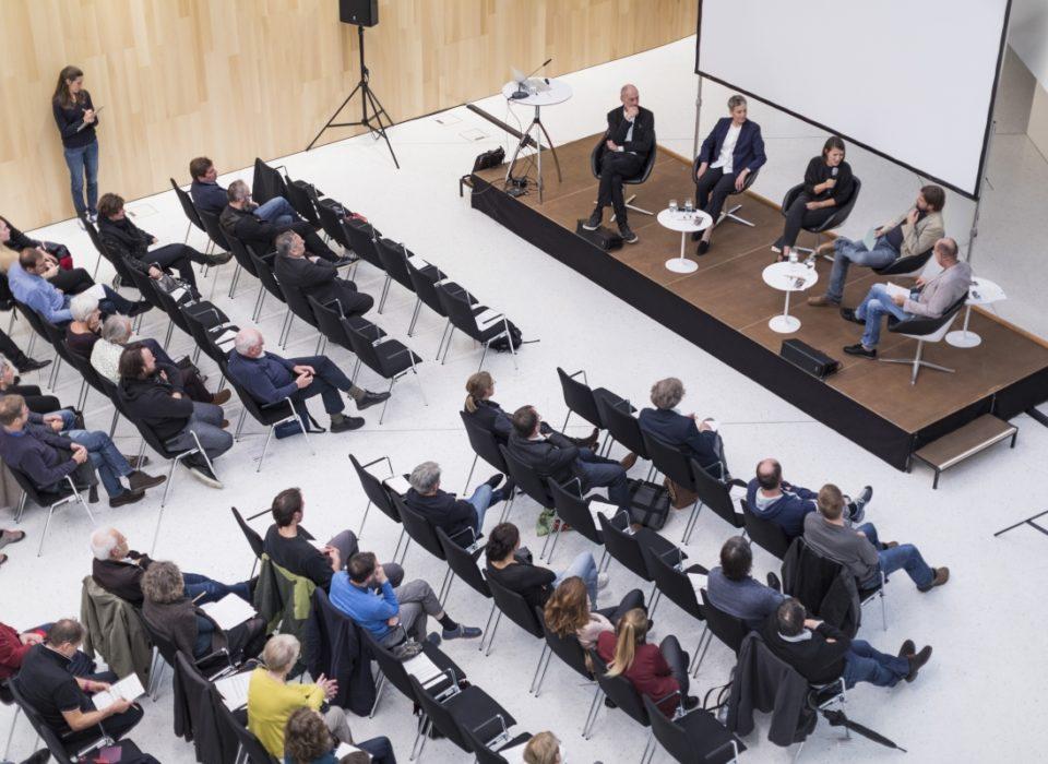Auch im Montforthaus war die Energie Lounge 2018 gut besucht | Bildnachweis Darko Todorovic
