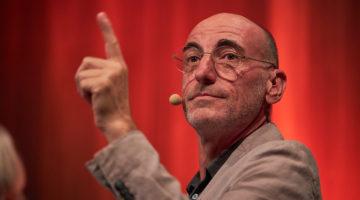 Moderator und Kurator der Energie Lounge: Harald Gmeiner vom Energieinstitut Vorarlberg. Bild: Darko Todorovic
