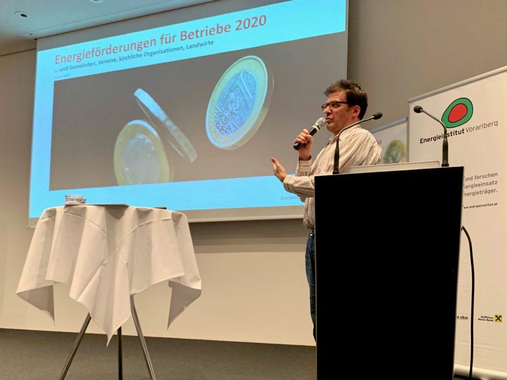 Markus Kaufmann vom Energieinstitut Vorarlberg informierte über die Bundesförderungen für CO2-Sparmaßnahmen in Unternehmen.